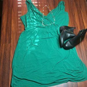 NWOT: green summer dress. X1
